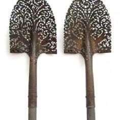 Lace shovel