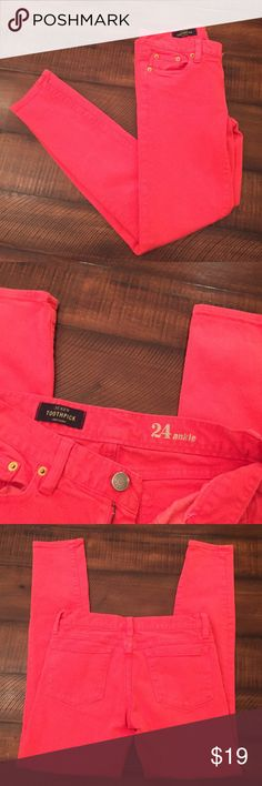 J Crew toothpick ankle Jean Very good used condition. Color is a orangeish red. Size 24. 98% cotton and 2% elastane. Machine washable. Inseam is 26.5 inches. J. Crew Jeans Ankle & Cropped