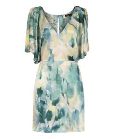 Watercolor sexy...wish I knew where to find this dress!