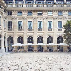 Franska byar, Paris taknockar och nya skor: Oktober genom min mobil