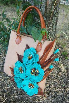 Felted handbag The turquoise mood Wool Spring от YuliasFeltworld