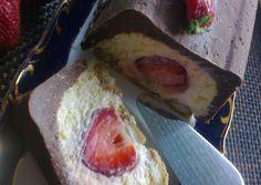 Epres mascarponés alagút | Mária Kiss receptje - Cookpad receptek Ice Cream, Bread, Ethnic Recipes, Food, No Churn Ice Cream, Icecream Craft, Brot, Essen, Baking