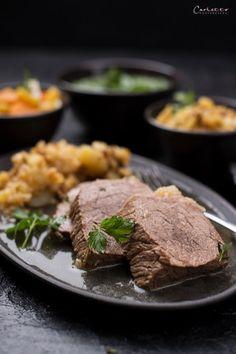 Tafelspitz_0916 Food Blogs, Austrian Recipes, National Dish, International Recipes, Creative Food, Easy Peasy, Food Inspiration, Steak, Good Food