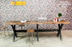 Mange-debout en bois Sullivan,Tables industrielles,Produit,intérieur,brut,produitinterieurbrut,Mange-debout en bois Sullivan et…