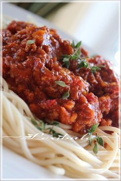 Pasta With Meat Sauce, Food And Drink, Pizza, Ethnic Recipes, Nom Nom, Dessert, Draw, Paint, Decoration
