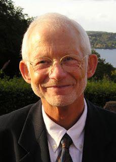 Sygdomsindustrien og Helbredelsen - en samtale med Carsten Vagn-Hansen - May Day