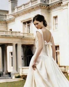 beautiful dress, beautiful house