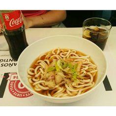 @sandddddrs: Esto es puro vicio!!!!!!! 냠냠emoji se me hace la boca aguaaemoji #noodle #foodie #yummy #Delicious #food #foodstagram #food #foodporn #koreanfood #udon