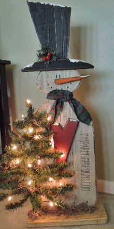 It's For Sale Friday again and the snowmen just keep on coming!   I have been busy with Santa's this last week and they should be showing up...