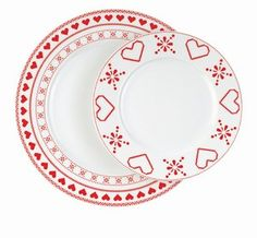 Assiettes porcelaine, Monoprix - Déco de Noël et table en fête - De jolies assiettes pour un dîner façon Autriche au coin du feu. Assiettes plates et assiette à dessert en porcelaine décor cœur, Monoprix, 4 € et 3,50 € www.monoprix.fr