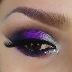 Purple shadow eye look!  #eyes #eyemakeup #maquillage #howto - For more beauty looks or to share your check out bellashoot.com