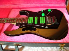 Ibanez Black/Green JEM 777VBK. Wished mine was in this good a shape. Sb.