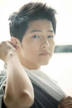that's Song Joong-ki Song Hye Kyo, Song Joong Ki Dots, Descendants, Soon Joong Ki, Decendants Of The Sun, Park Bogum, Sun Song, A Werewolf Boy, Movies