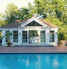 Indeed, people build pool house add beauty value to the owner's property. Find out most popular Pool House Ideas around the net here! Pool House Designs, Swimming Pool Designs, Outdoor Swimming Pool, Swimming Pools, Small Pool Houses, Pool House Plans, Backyard House, Pool Backyard, Pool Cabana