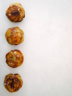 Mini Pommes Anna 'These little potato cakes are one of my fondest memories/lessons because I think they were one of the first things I was genuinely excited to learn how to make.They'reehicle for flavor, so in the spirit of my father, experiment to find the combinations that work best for your palate.'-Fix Feast Flair Get the recipe here!  via @AOL_Lifestyle Read more…