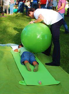 TERAPIA OCUPACIONAL INFANTIL JOHANNA MELO FRANCO: Exercícios com a Bola de terapia para as crianças parte 1 Mais