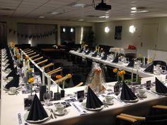 konfirmasjon - borddekking - tablesetting - ranukler - svart/grått/hvitt/orange - foto som bordpynt Perler, Stationary, Decoration, Party, Decorating, Dekorasyon, Deko, Dekoration, Receptions