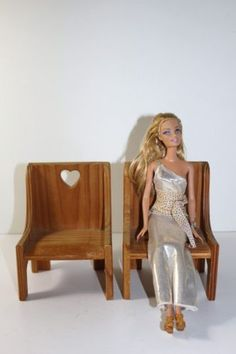 Custom-2-Doll-Barbie-Size-Wood-Wooden-Chair-with-Heart-Furniture-Seat-Handmade