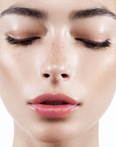Dewy healthy skin? Yes please. For a similar effect try Kypris' luxurious effective Antioxidant Dew.