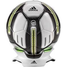 Track your progress on the pitch with this adidas miCoach Smart Ball G83963 soccer ball, which features a sensor package that records the strike point, speed, spin and trajectory when you kick the ball. The 32-panel ball offers a natural feel.