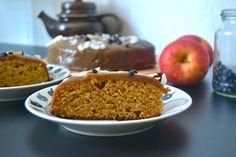 Apple-caramel cake.