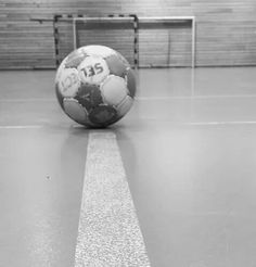 Image about sport in Me (aes) by Klara on We Heart It Handball Players, Women's Handball, We Heart It Images, Bra Video, Just A Game, Sports Images, Picture Description, Image Title, Soccer Ball