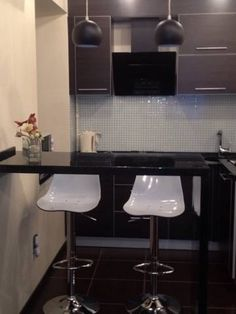 Apartment-studio in historical center Kharkov Apartment-studio in historical center offers accommodation in Kharkov, 2.5 km from Metallist Stadium and 400 metres from Kharkov Historical Museum. Guests benefit from balcony. Free WiFi is available throughout the property.