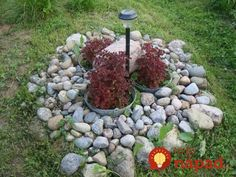 Nowadays, stone flower beds become a real visual aspect of beauty in your garden. Fairy Garden Pots, Garden Hoe, Garden Sheds, Stone Flower Beds, Pierre Decorative, Gardens Of Stone, Planting Plan, Small Backyard Landscaping, Garden Stones