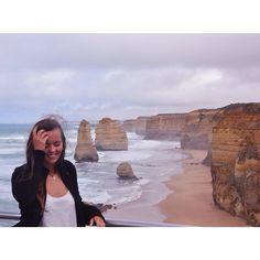 Der Tag entlang der Great Ocean Road war sooo wunderschön! Natur kann so verzaubern  #koalas #papageien #und #kängurus #gesehen #unglaubliche #klippenformationen #ohne #worte #schönste #tour #trotzdem #windig #und #kalt #haha #tourifoto #postkartenmotiv #twelveapostels #greatoceanroad #daytrip #melbourne #australia by miriam_luise
