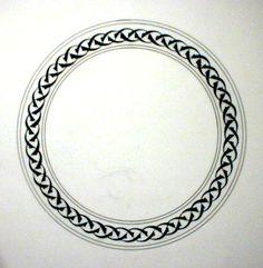 Tezhip border circle in black/white clay Islamic Wall Decor, Islamic Art, Stencil, Celtic Knot Circle, Celtic Border, Circle Borders, Circle Circle, Victorian Frame, Persian Motifs