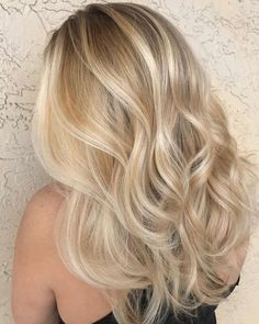 36 Beautiful Blonde Balayage Hair Color Ideas For Summer Sparkle Blonde hair models – Hair Models-Hair Styles Blonde Hair Looks, Blonde Hair With Highlights, Balayage Hair Blonde, Brown Blonde Hair, Blonde Color, Summer Blonde Hair, Balayage Highlights, Blonde Ombre Hair Medium, Blond Hair Colors