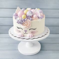 Нет описания фото. Beautiful Birthday Cakes, Beautiful Cakes, Amazing Cakes, Baby Birthday Cakes, Cat Birthday, Animal Birthday Cakes, Birthday Ideas, Pretty Cakes, Cute Cakes