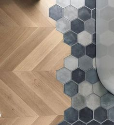 Ideen rund ums Haus When the client wants both hardwoods and tile in their bath Floor Design, Tile Design, House Design, Planchers En Chevrons, Transition Flooring, Hexagon Tiles, Hex Tile, Kitchen Flooring, Tile Flooring