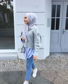 Kıyafet Tattoos And Body Art art no tattoo Modern Hijab Fashion, Hijab Fashion Inspiration, Islamic Fashion, Muslim Fashion, Mode Inspiration, Modest Fashion, Fashion Outfits, Dress Fashion, Hijab Chic