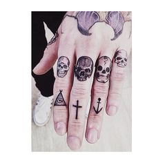 #inkedguys #knuckletattoos #skulltattoo #anchortattoo #ink #ink_fected