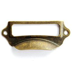 Trova più Maniglie e manopole Informazioni su 25 pz Cassetto Bronzo Antico…