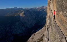 """ON EDGE: In """"as a matter of pride,"""" Honnold walked across Thank God Ledge, while free-climbing Half Dome in Yosemite. Later, he wrote, """"Walking face-out across Thank God Ledge is surprisingly scary. British Columbia, Yosemite National Park, National Parks, Escalade, Adventure Photos, 10 Picture, Sports Photos, Climbers, Half Dome"""