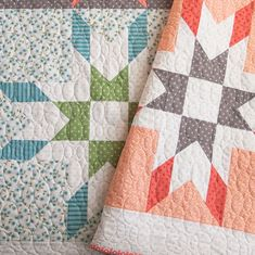 With every fabric collection, I design a handful of quilt ideas. This one is Mabel—a fat quarter quilt made from Nest fabric, which is on its way to shops this week! Get 15% off this and all the other patterns in my shop using the promo code NEST15 at checkout. (Valid this week only.) #mabelquilt #lellaboutique #quilting #patchwork #nestfabric #showmethemoda