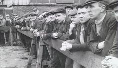 Belfast Shipyard workers - launch of Canberra