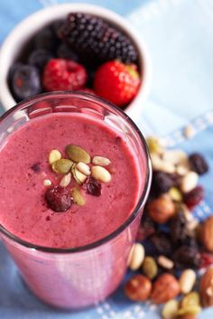These delicious recipes, one for every day of the week, will get you started in making healthy, nutrient-packed protein smoothies.
