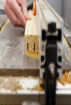 Woodworking Ideas Table, Woodworking Workshop, Easy Woodworking Projects, Woodworking Techniques, Woodworking Shop, Woodworking Plans, Carpentry Projects, Diy Furniture Plans Wood Projects, Wood Shop Projects