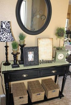 We have 69 entry table thoughts that will improve your home. The photos of the entry table thoughts are differing, from rich great to woodwork, vintage entry table. Sofa Table Decor, Table Decorations, Entry Tables, Console Tables, Entrance Table, Decoration Inspiration, Decor Ideas, Foyer Decorating, Decorating Ideas