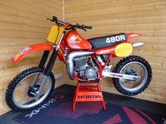The iconic Honda - Nick Rodgers Fine Art Vintage Bikes, Vintage Motorcycles, Retro Bikes, Honda Motorcycles, Cars And Motorcycles, Ktm 950, Vintage Motocross, Old Bikes, Honda Cr