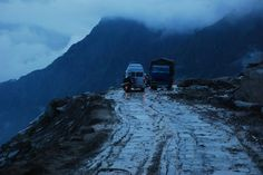 The road from Manali to Rohtang is one of the most precarious roads, yet the journey is enthralling! India Travel, Us Travel, Roller Coaster Ride, India Tour, Places Of Interest, Incredible India, Where To Go, Places To Go, Beautiful Places