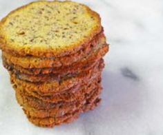 Low-Carb Parmesan-Flax Gluten Free Crackers Recipe http://glutenfree.answers.com/snacks/low-carb-parmesan-flax-gluten-free-crackers-recipe #glutenfree