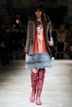 Prada Autumn/Winter 2017 Ready to wear Collection | British Vogue