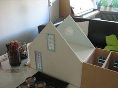 Mine dukkehuse: Vinduer, døre og tilbygning.