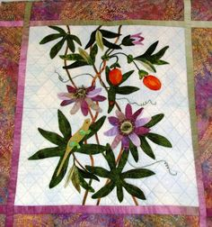 Hawaiian quilt - passion flowers, photo by Deb for Quilt Inspiration