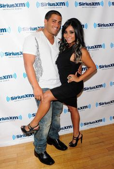 Snooki wants Jersey Shore co-star Pauly D to DJ baby's birth