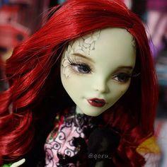 #몬스터하이 #몬하돌 #몬스터하이돌 #리페인팅 #돌스타그램 #doll #repaint #repainting #monsterhigh #dollrepainting #dollstagram #faceup #venusmcflytrap